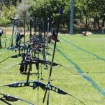 Rangée d'arcs sur le stade